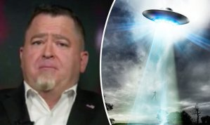 "A UFO opportunist? – – Luis Elizondo, a UFO ""expert"" who says he worked for an obscure Pentagon program – – did he? 5a7c7de1a76fa_luiselizondo668060"